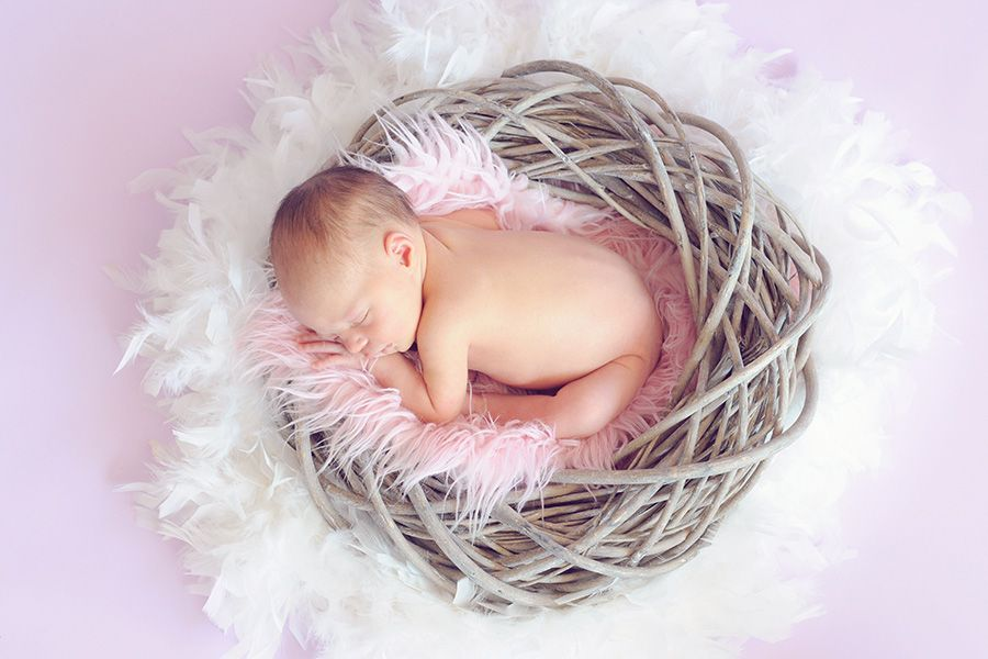 60 percent newborn not breastfed first hour of life
