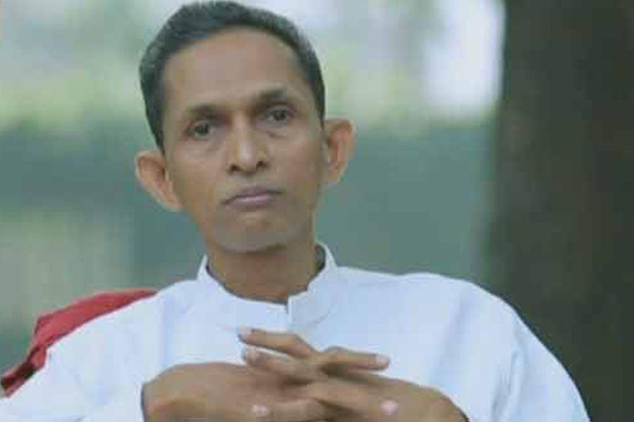 Naturopath Jacob Vadakkanchery misleading Health minister of KeralaNaturopath Jacob Vadakkanchery misleading Health minister of Kerala