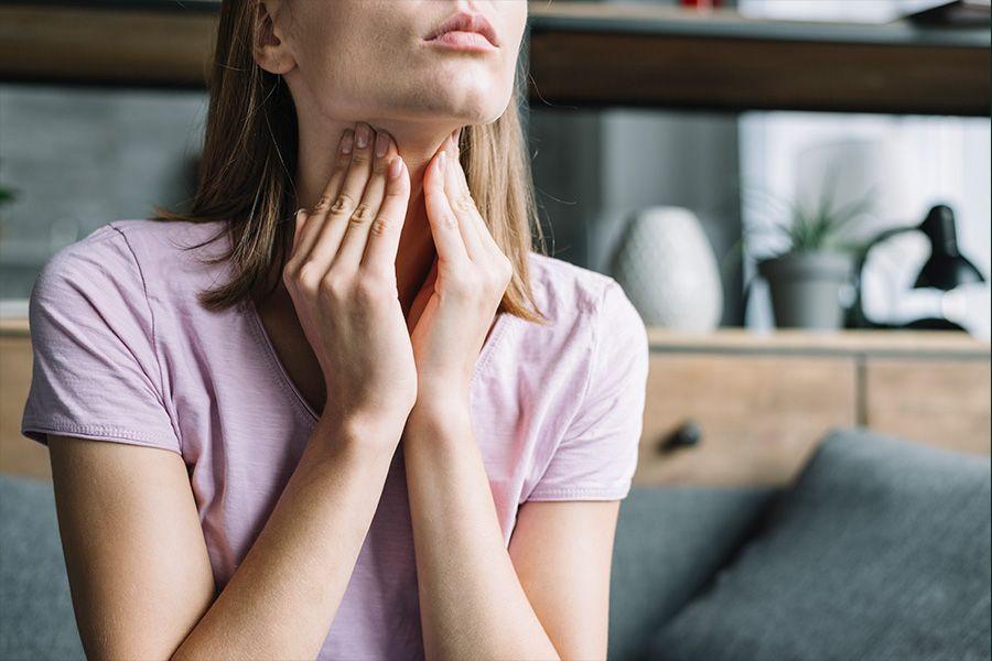 thyroid disease and symptoms