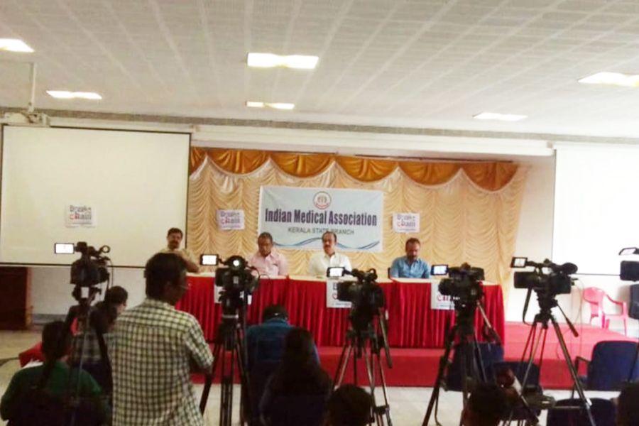 IMA proposes #ShutDownKerala  കോവിഡ് ചെറുക്കാൻ ഐഎംഎ മുന്നോട്ട് വെയ്ക്കുന്ന നിർദേശങ്ങൾ